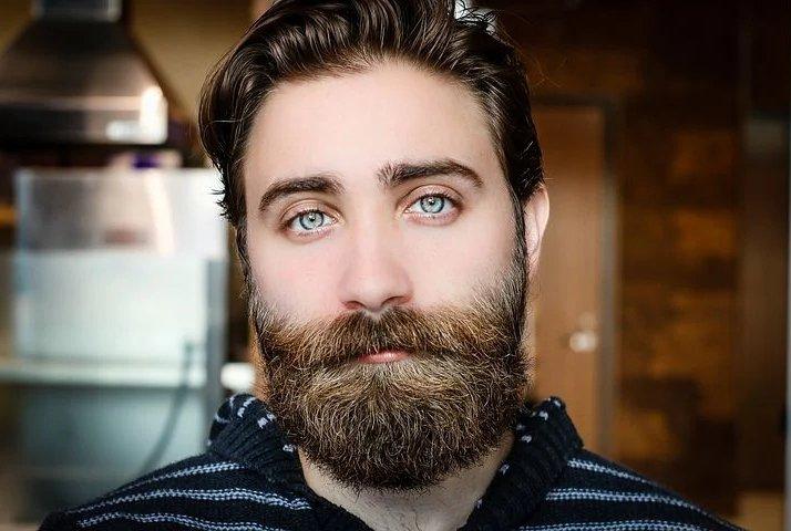 髭が濃くなる理由